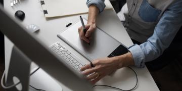 Freelance web designer image